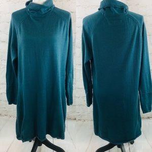 Carve design turtleneck sweater dress